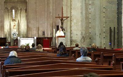 Els bisbes parlen de la represa de la celebració de l'Eucaristia amb participació de fidels